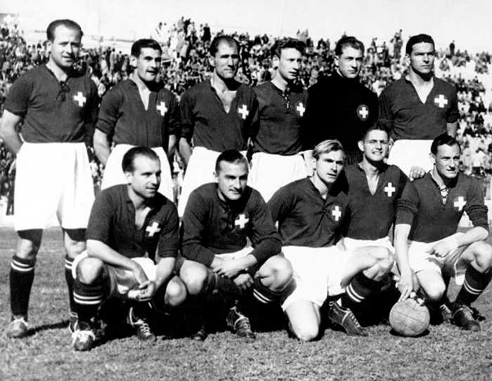 1950.07.02. Switzerland - Mexico - 2:1. Switzerland national team. Front row: Tamini, Lusenti, Neury, Quinche, Friedlaender. Back row: Bader, Fatton, Eggimann, Antenen, Hug, Bocquet